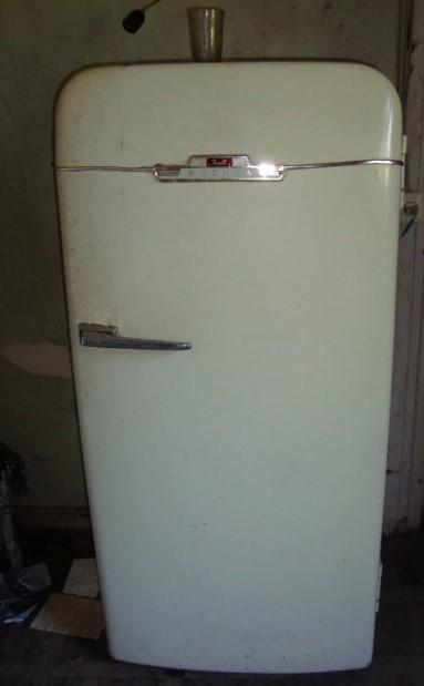 Klasik eksi tip tek kapılı buzdolabı