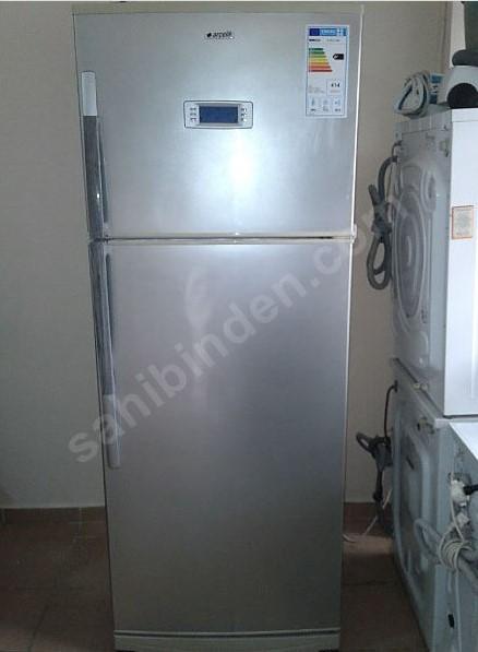 Arçelik inoks gri buzdolabı (280 lira)